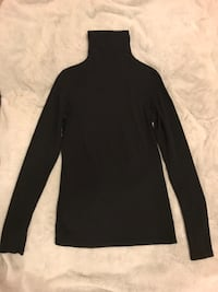 Vince turtleneck pima cotton size small Toronto, M4P 1R2