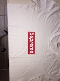 Authentic supreme box logo tee St. Catharines, L2T