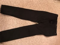 Black jeans new 34 $8 new Calgary, T2A 6Y8