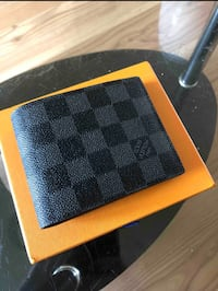 LV Louis Vuitton Wallet with Serial Number North Vancouver, V7J 3M2