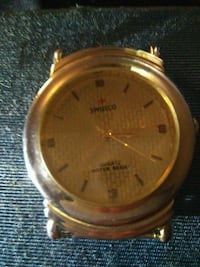 round gold-colored analog watch with link bracelet Delta, V4K 3N3