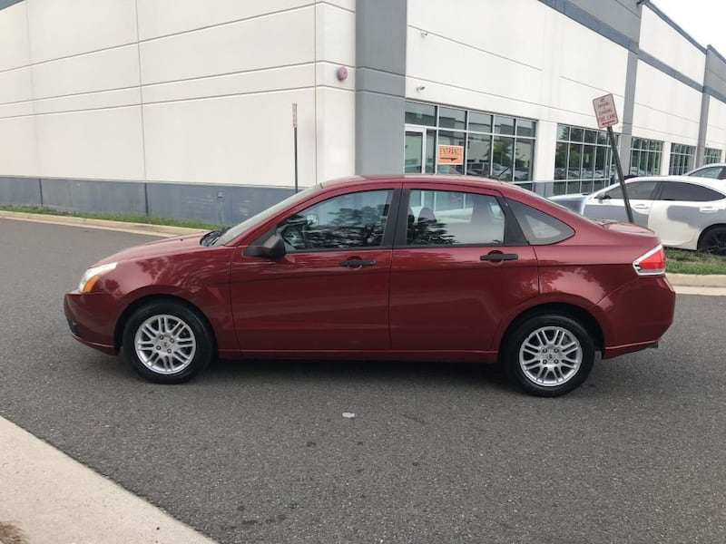 Ford Focus 2011 7d5ef791-7bc0-4949-acfe-722dac073077