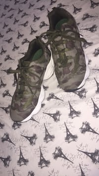 Camo sneakers Los Angeles, 91352