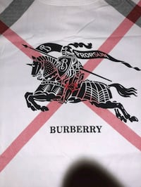 New Mens Burberry T-shirt size Medium white/black Calgary, T2A