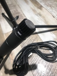 Shure SM57  Microphone  w/ Mic Stand Raymore, 64083