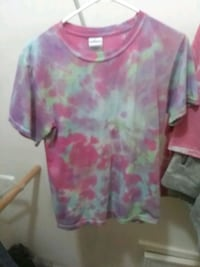 pink and green floral scoop-neck shirt Cleveland, 77327