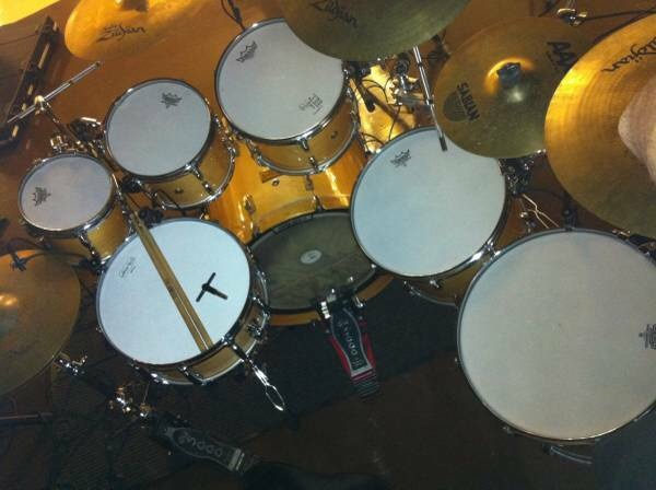 7 Piece Pearl Masters Custom Drum Set With Cage Cases