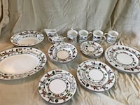 Wedgewood Hunt Theme China. 4 place settings, serving dishes, cream and sugar dishes Frederick, 21702