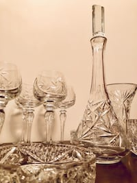 Crystal Pinwheel wine set