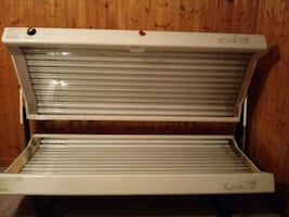 Tanning bed $100