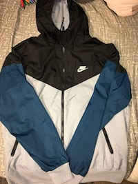 Nike windbreaker, adult medium Lincoln, 68505