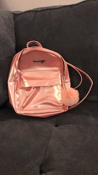 Little Shiny Pink Backpack Los Angeles, 90016