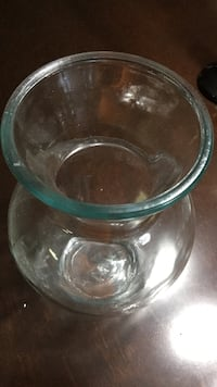 clear glass vase Embrun, ON K0A, Canada