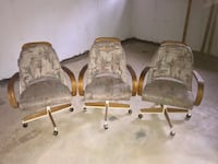 3 roller game table chairs  702 mi