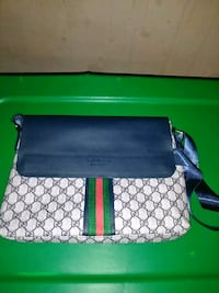 gray and black Gucci leather crossbody bag Decatur, 30032