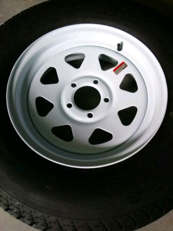 14 Inch Tires >> Ray Icinde Ikinci El Satilik Spare 15 Or 14 Inch Trailer Tires And