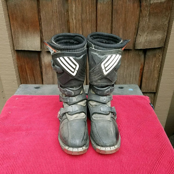 5f70f36265f Kids Combat motorcycle boots size K2