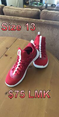 Pair of red nike basketball shoes Forest Grove, 97116