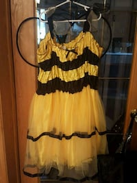 Med. Size Bee Costume. Lethbridge, T1H 0K9
