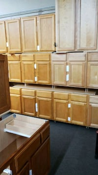 Sinck basic cabinet on blowout sale only 79 Hamtramck, 48212