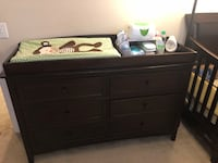 Kids dresser with changing table and accessories  Odessa, 33556