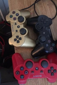 PS3 controllers - 3 Winnipeg, R3P 2L5