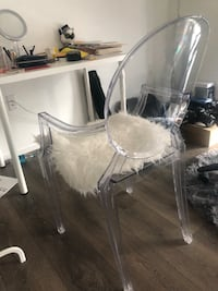 chair with fur 阿灵顿, 22209