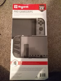Pro game grips Nintendo switch paid 25 Edmonton, T5T 2B2