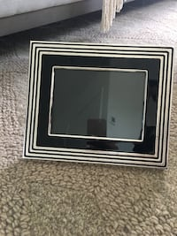 Vera Wang silver plate digital frame. Brand new from bed bath and beyond Coquitlam, V3J 0B6