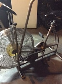Bikeschwin airdyne. Lowering price  no issues works as it should was150 dollars to 80 dollars  Lancaster, 17601