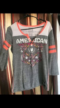 gray and red Nike jersey shirt Albuquerque, 87121