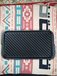 Like new cast iron revisible stove top grill