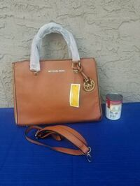 brown Michael Kors leather tote bag Surrey, V3T 3Y4