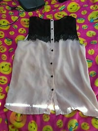 Forever 21 beige button up with black lace  San Bernardino, 92405