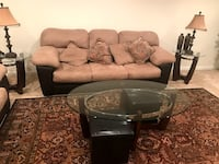 Living Room Furniture in Excellent Condition ASHBURN