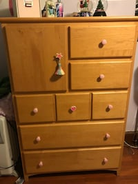 brown wooden 6-drawer dresser Washington, 20011