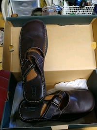 Born handcrafted footwear size 10 New