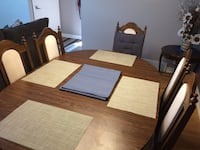 Brown wooden dining table set Ottawa, K1T 1C4