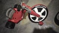 Vary nice radio flyer big wheel Pontiac, 48342