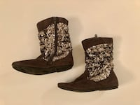 Girls 11 CHILDRENS PLACE gray faux leather & SILVER SEQUIN Boots 665 mi