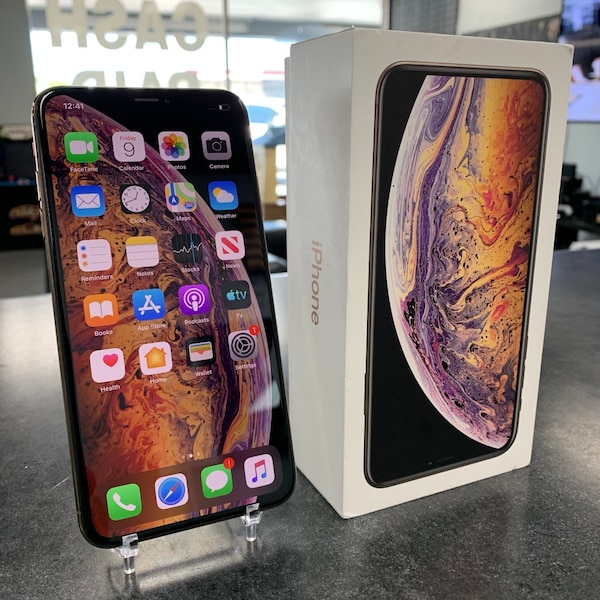 64GB Unlocked iPhone XS Max AT&T Cricket Straight Talk T-Mobile Metro Family Mobile Verizon