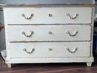 Cream Vintage Distressed 3-drawer chest Silver Spring, 20902