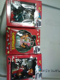 1996 Christmas ornaments looney toons and Garfield Chicago Ridge, 60415