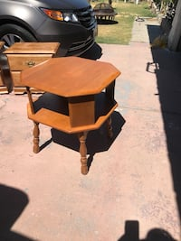 brown wooden desk with hutch Bakersfield, 93306