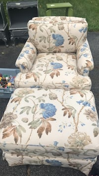 white and blue floral sofa chair Gaithersburg, 20882