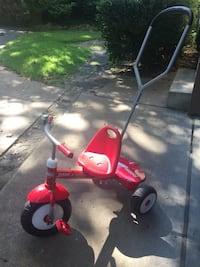Deluxe Radio-Flyer steer and stroll trike