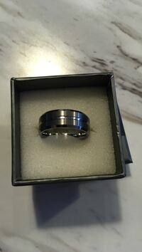 tungsten ring with box