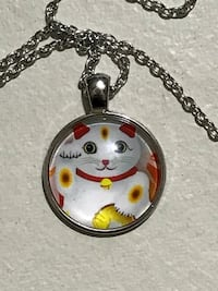 Lucky Japanese cat charm necklace