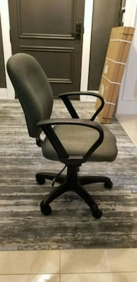 black leather office rolling armchair Vaughan, L4L
