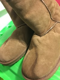 women's brown UGG Classic boots